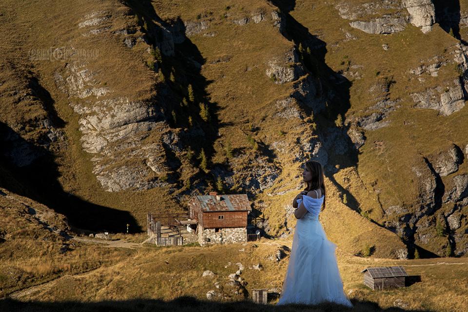 513-Trash-the-dress-Andreea-Vlad-fotograf-Ciprian-Dumitrescu