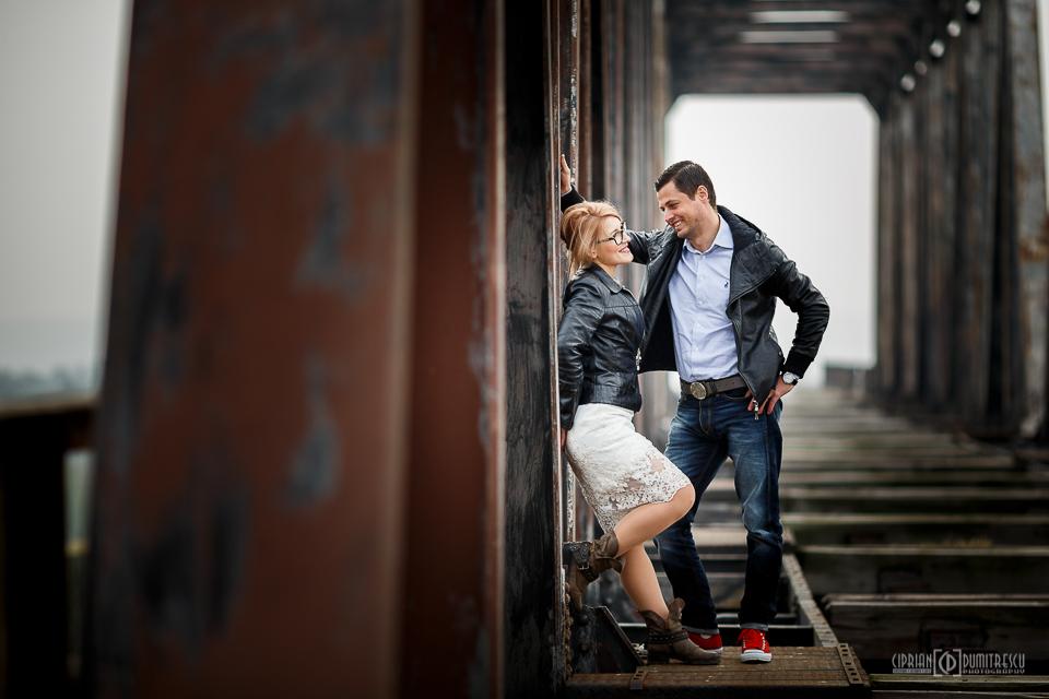 006-Trash-the-dress-Comana-Alexandra-Paul-fotograf-Ciprian-Dumitrescu