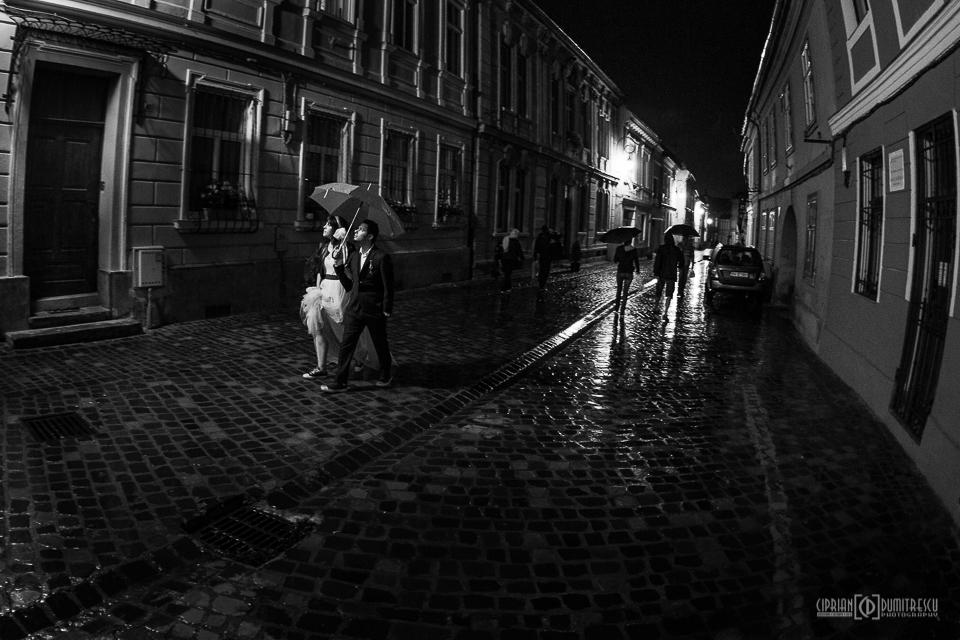 57-Trash-the-dress-Andreea-Andrei-Brasov-foto-Ciprian-Dumitrescu