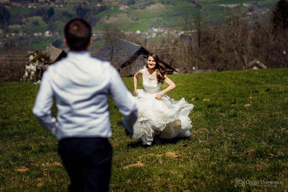 0008-Trash-the-dress-Aida-Mircea-Franta-fotograf-Ciprian-Dumitrescu