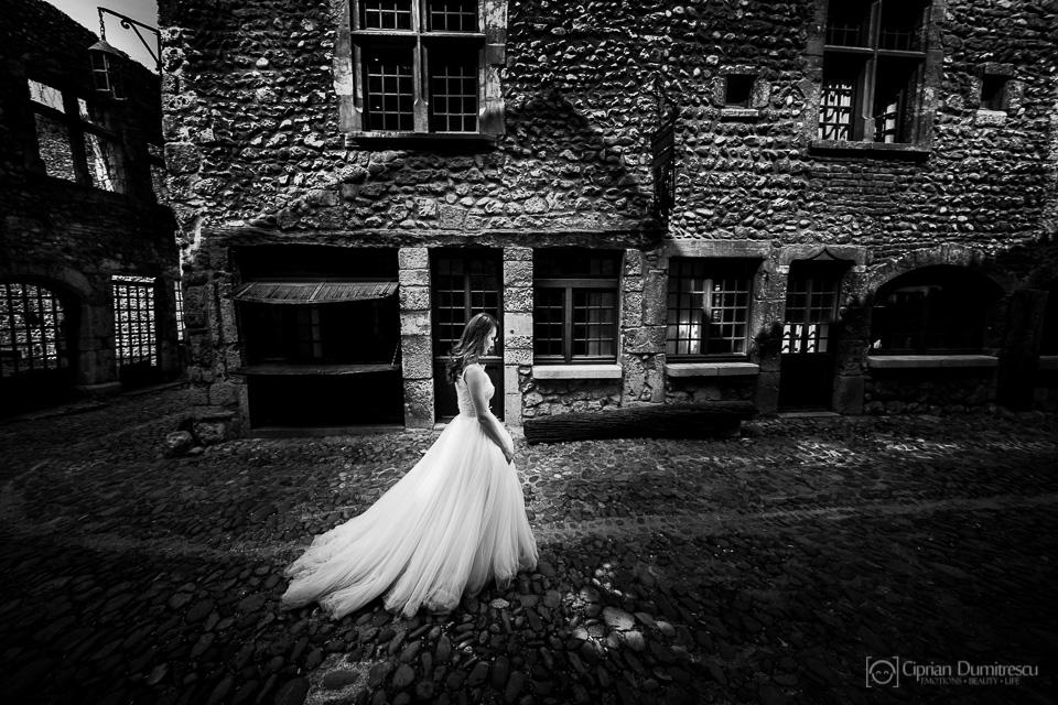 0031-Trash-the-dress-Aida-Mircea-Franta-fotograf-Ciprian-Dumitrescu