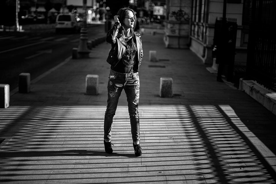 19-Alexandra-urban-shootig-photo-by-Ciprian-Dumitrescu