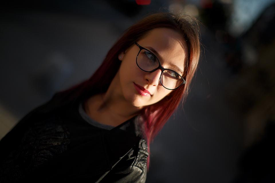 20-Alexandra-urban-shootig-photo-by-Ciprian-Dumitrescu