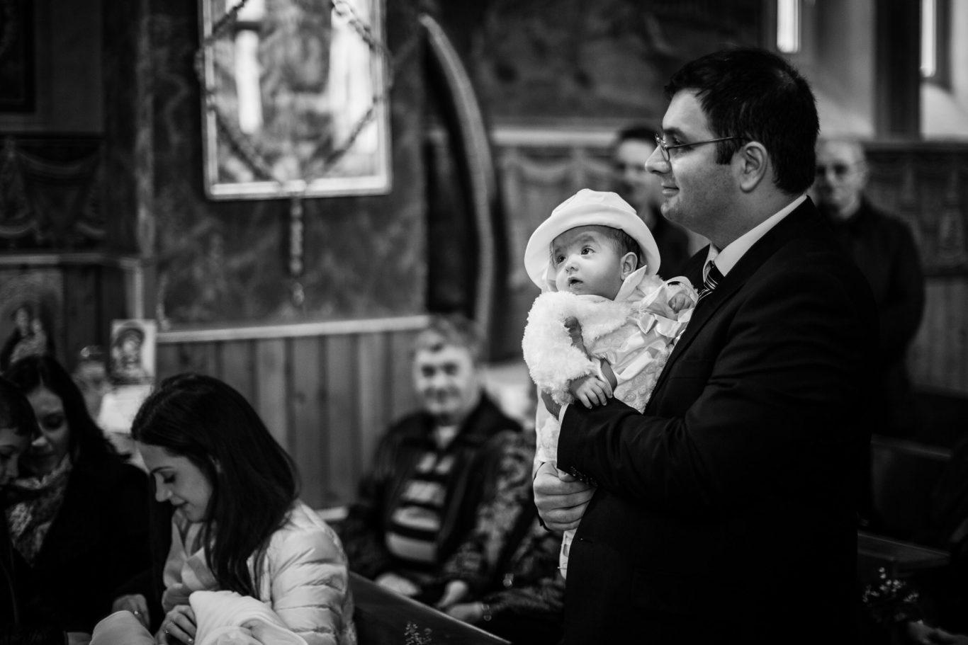 0018-Fotografii-botez-gemeni-Corina-Victor-fotograf-Ciprian-Dumitrescu-DC1X6684