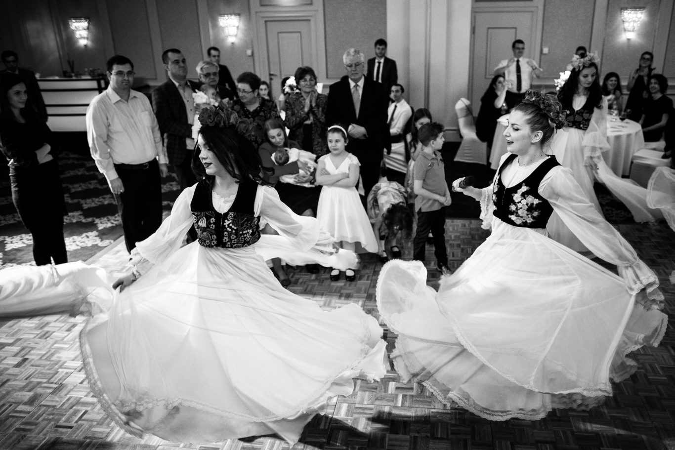0345-Fotografii-botez-gemeni-Corina-Victor-fotograf-Ciprian-Dumitrescu-DCF_9814