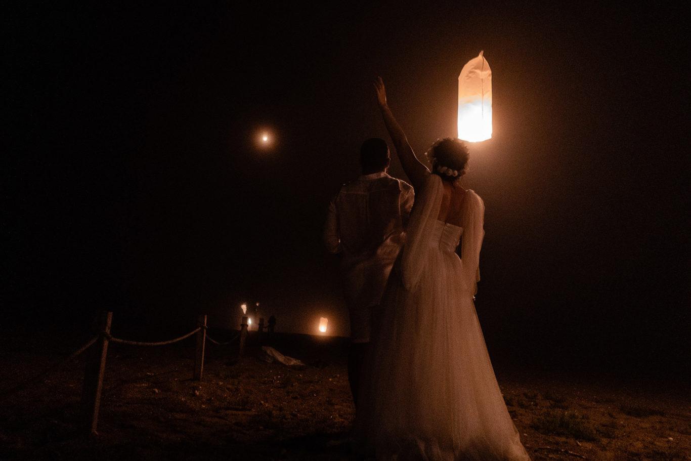 Noaptea nuntii pe plaja  fotograf nunta Ciprian Dumitrescu