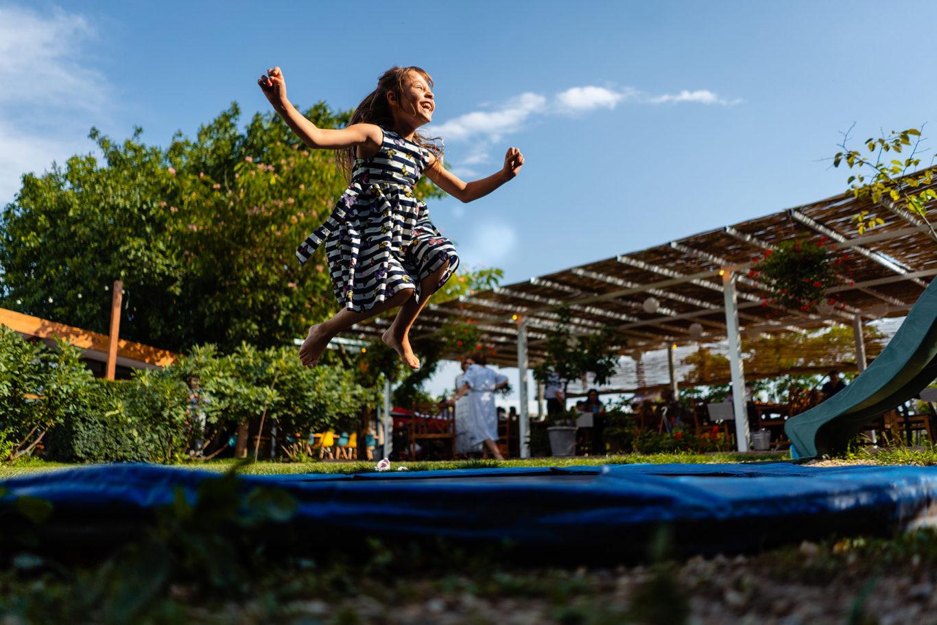 Jump for joy! - Petrecere de botez la Gradina cu LIcurici