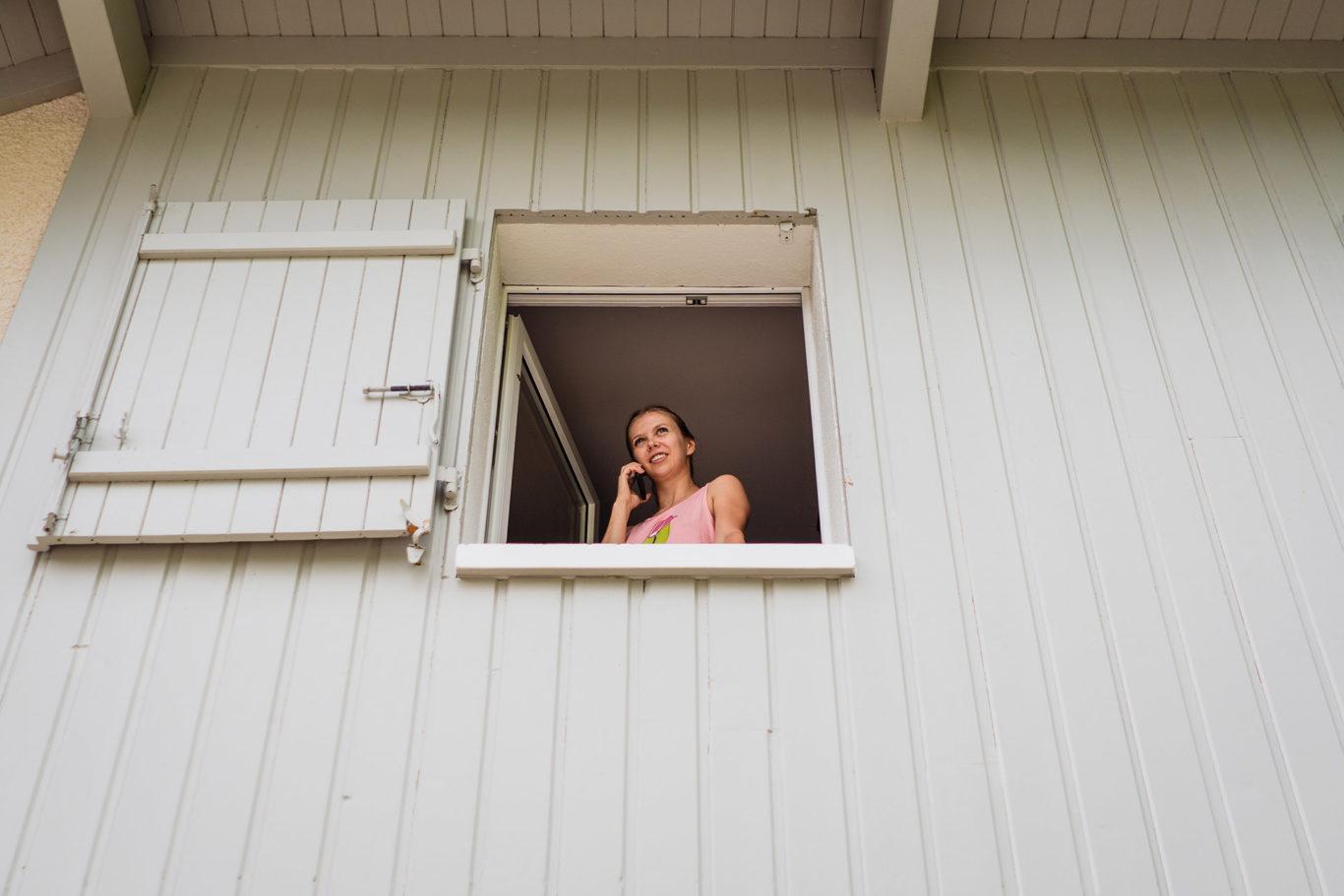 Unde sunteti! Mireasa la geam!