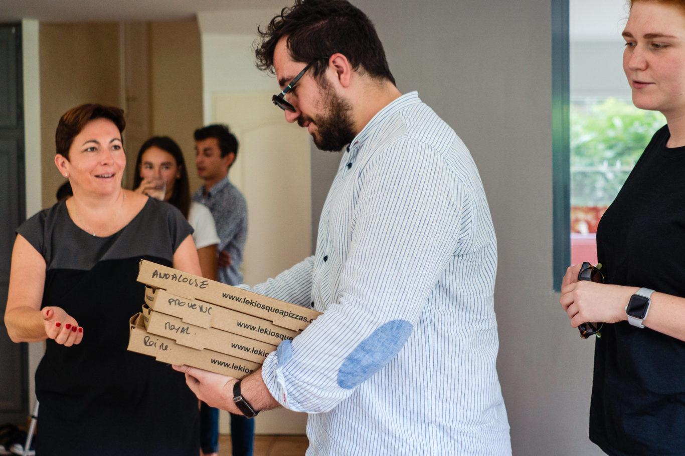 A venit pizza la nunta