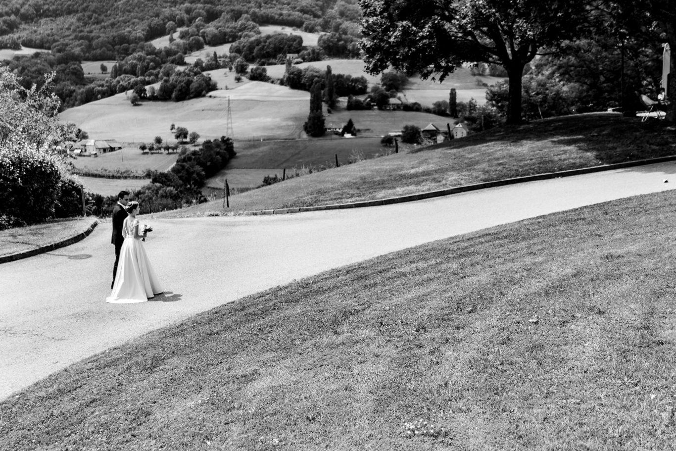 Mire si mireasa la nunta in Alpii Francezi