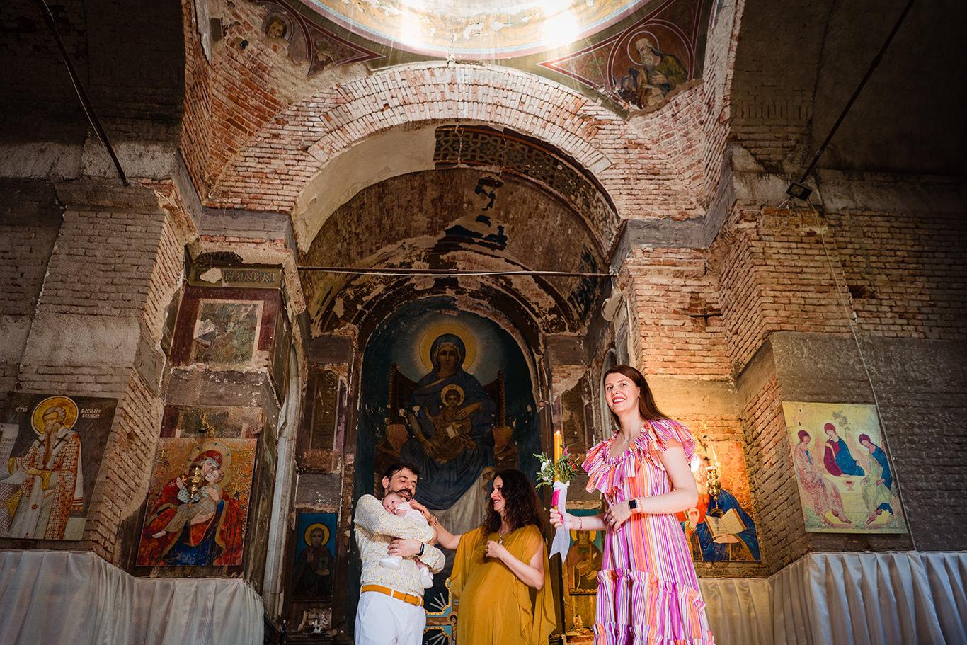 Ceremoie botez in capela Palatului Stirbey