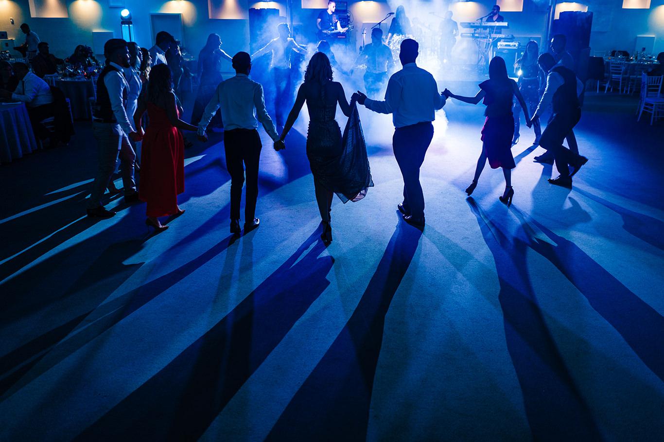 Culori la petrecerea de nunta la Vivolis Events - fotograf Ciprian Dumitrescu