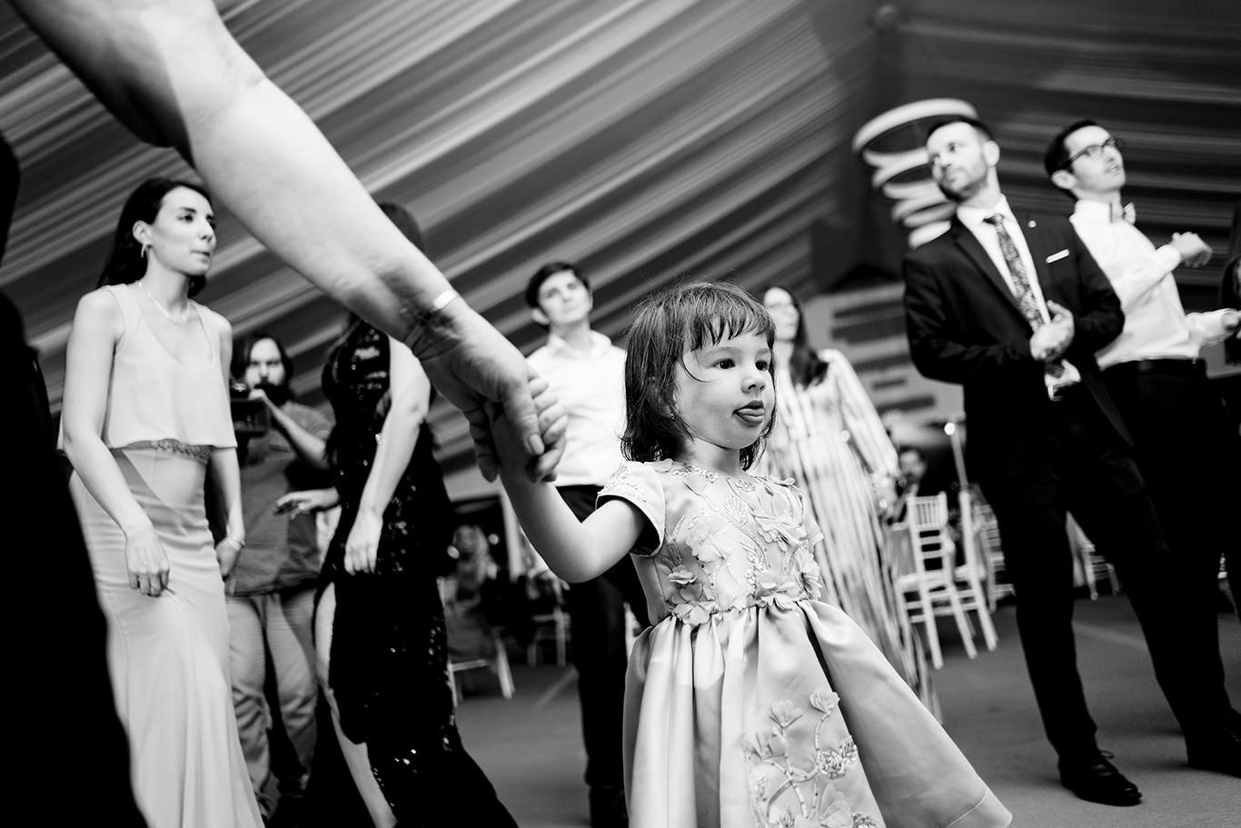 Copii la nunta la Vivolis Events - fotograf Ciprian Dumitrescu